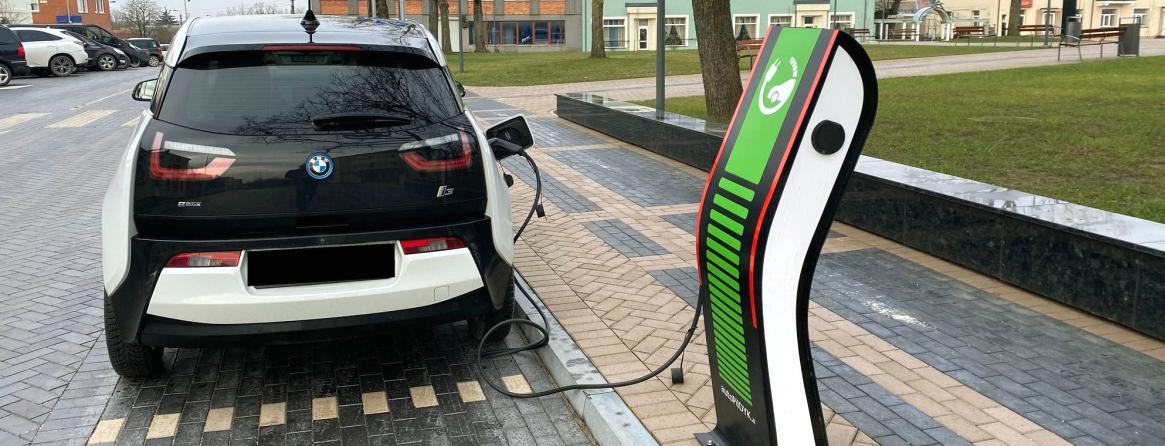 Elektromobilio įkrovimas mieste